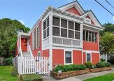 2226 LOWERLINE Street New Orleans, LA 70118