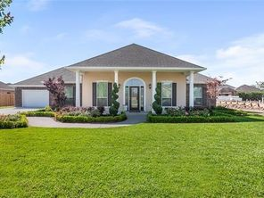 311 LAC IBERVILLE Drive - Image 2