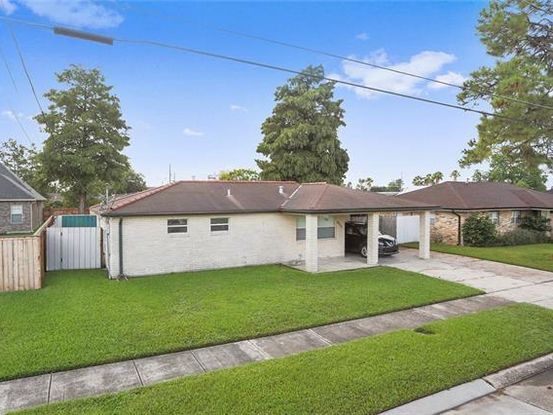Photo of 2717 VOLPE Drive Chalmette, LA 70043