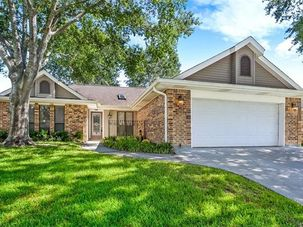 207 WINDWARD PASSAGE Slidell, LA 70458 - Image 1