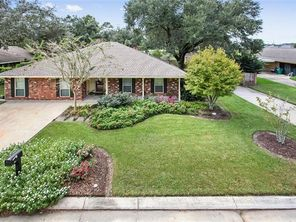 105 BELLE GROVE Drive - Image 3