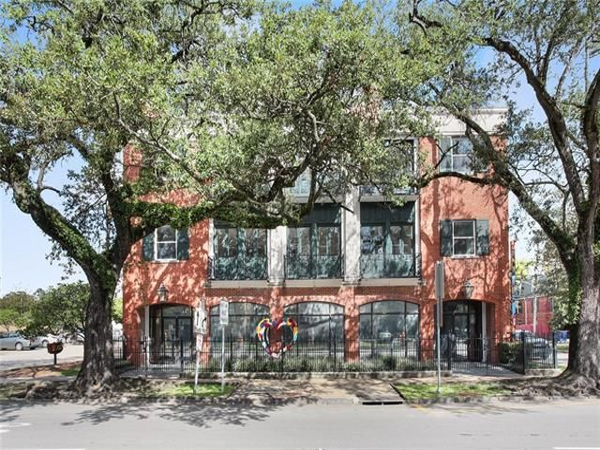 3305 ST. CHARLES Avenue A New Orleans, LA 70115 - Image