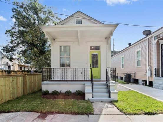 Photo of 1672 ROUSSELIN Drive New Orleans, LA 70119