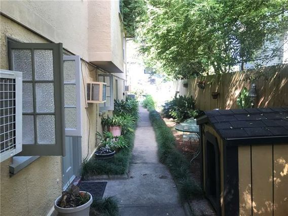 3135 BELL Street - Photo 3