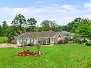 228 WOODCREST Drive Covington, LA 70433 - Image 2