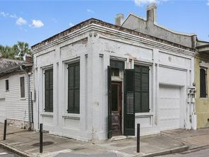1240 DAUPHINE Street - Image 2