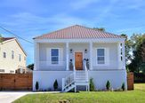 6037 WARRINGTON Drive New Orleans, LA 70122