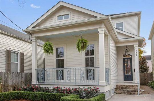 3818 CAMP Street New Orleans, LA 70115 - Image 1
