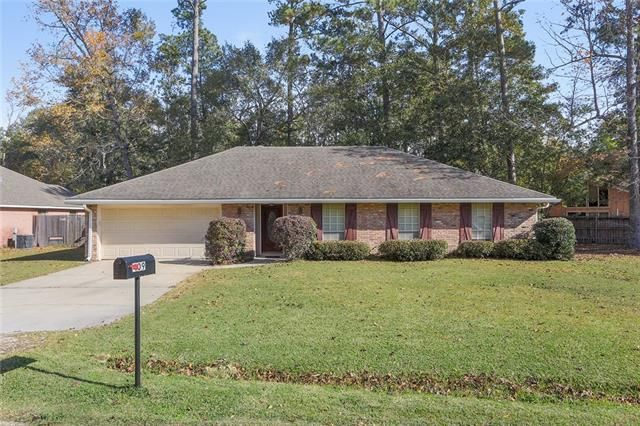 409 JENNIFER Lane Pearl River, LA 70452