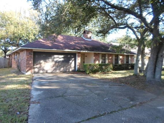 1476 SAINT CHRISTOPHER Street Slidell, LA 70460