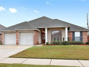 107 S PIN OAK Drive - Image 2