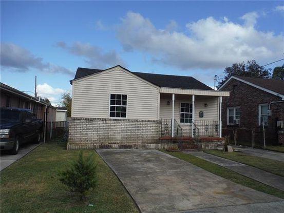 Photo of 417 WALLACE Drive New Orleans, LA 70122