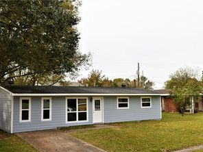 528 FAIRLAWN Drive - Image 4