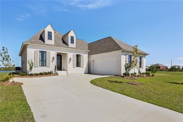 1230 CUTTER Cove Slidell, LA 70458