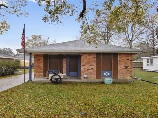 Photo of 744 COLONIAL CLUB Drive Harahan, LA 70123