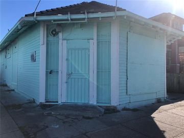 1641 FRENCHMEN Street New Orleans, LA 70116