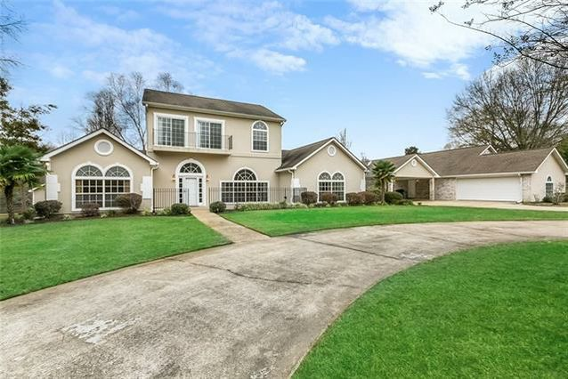 229 CHURCHILL DOWNS Drive - Photo 3