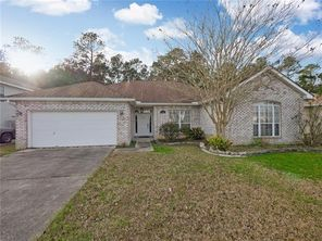 2139 SUMMERTREE Drive - Image 2