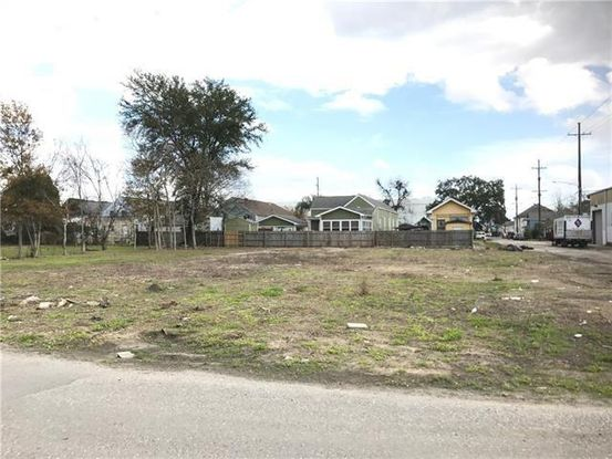 Photo of 1307 MONTEGUT Street New Orleans, LA 70117