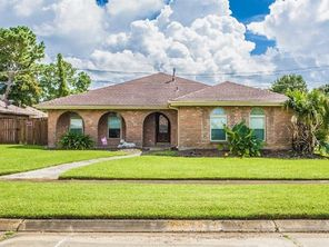 2349 S FRIENDSHIP Drive - Image 3