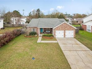 1521 CHERRY RIDGE Court - Image 4