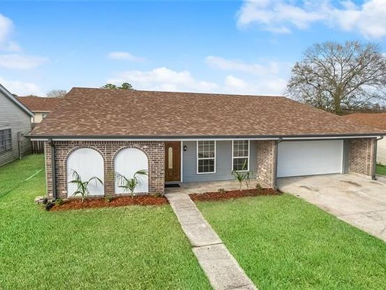 Photo of 3808 CHRISWOOD Lane Harvey, LA 70058