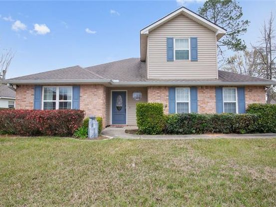 Photo of 502 BENTWOOD Drive Covington, LA 70433