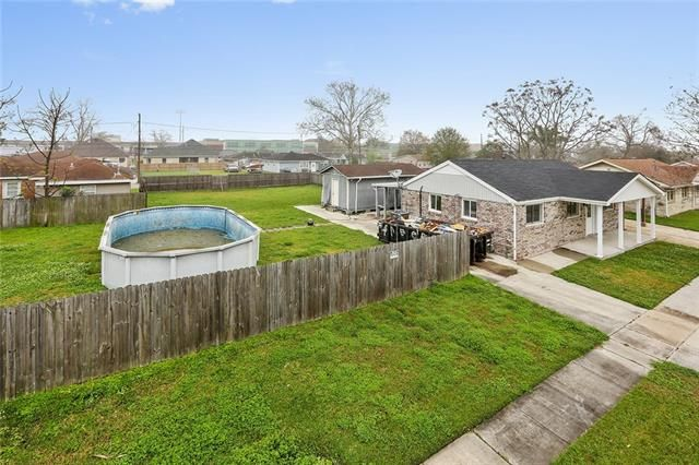 2416 VOLPE Drive - Photo 2