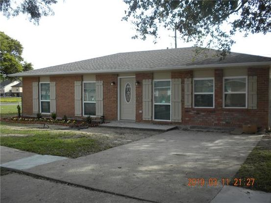 Photo of 905 N CLARK Lane Westwego, LA 70094