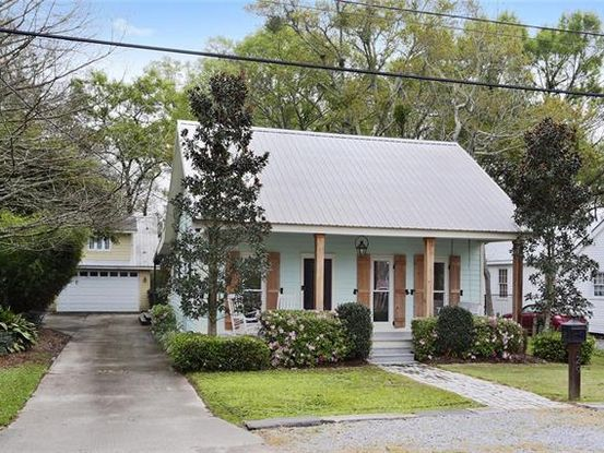 Photo of 429 LAFITTE Street Mandeville, LA 70448