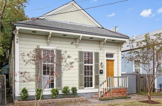 3639 ANNUNCIATION Street New Orleans, LA 70115 - Image 1
