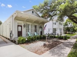 921 HENRY CLAY Avenue Rear New Orleans, LA 70118 - Image 1