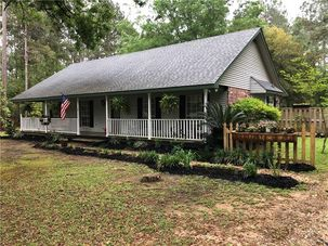 310 WILLIAMSBURG Drive Mandeville, LA 70471 - Image 2