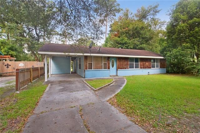 1077 S WALNUT Street Slidell, LA 70460