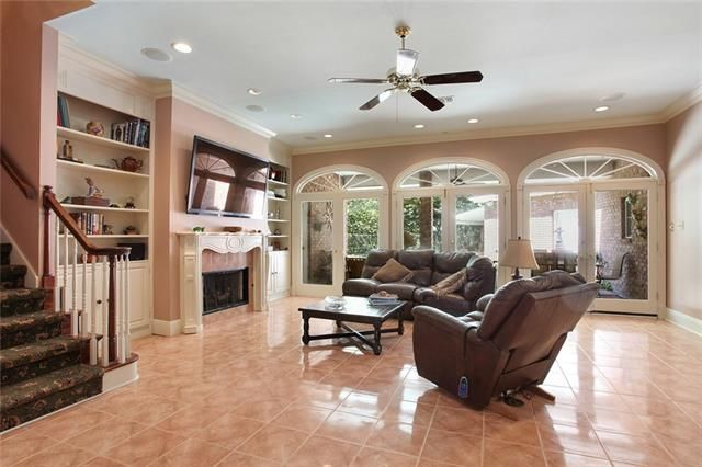 176 IMPERIAL WOODS Drive - Photo 3