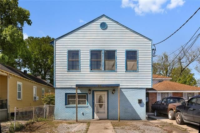 3818 CLEMATIS Street New Orleans, LA 70122