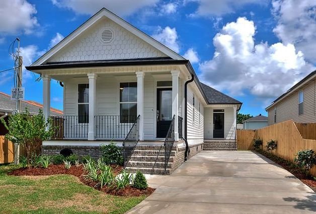 2615 PRENTISS Avenue New Orleans, LA 70122
