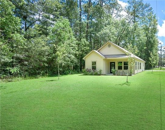 71304 GORDON Avenue Abita Springs, LA 70420