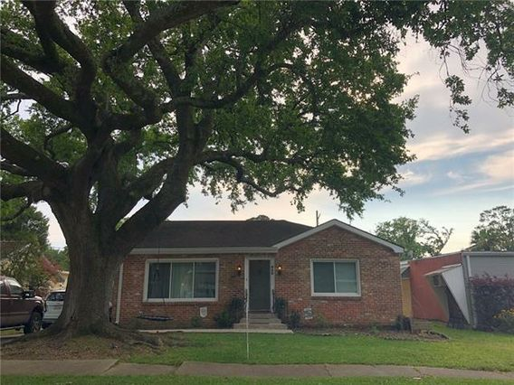 620 COLONY Place Metairie, LA 70003
