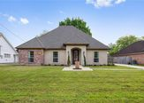18572 RED OAK Drive - Image 2