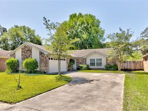 211 PORTSMOUTH Drive - Image 3