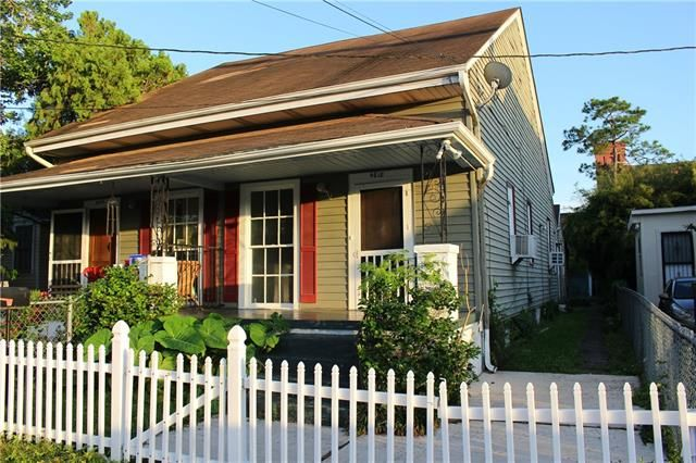 4618 ANNUNCIATION Street New Orleans, LA 70115