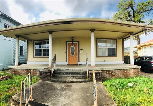 5832 WILLOW Street New Orleans, LA 70118 - Image