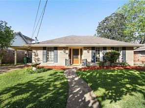 10108 LUCY Court - Image 2