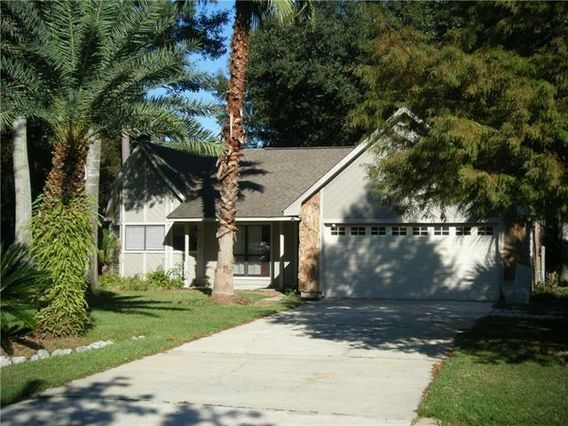 313 WOODRIDGE Boulevard Mandeville, LA 70471