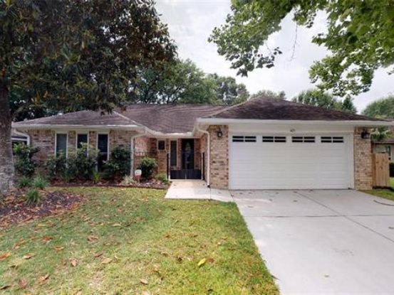 Photo of 423 HIGHWOOD Drive Slidell, LA 70458