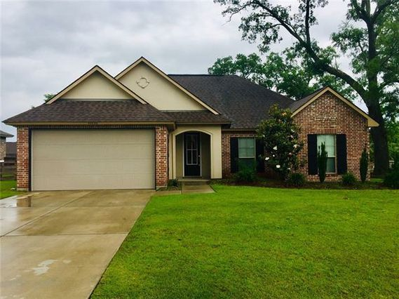42656 SPANISH OAK Avenue Ponchatoula, LA 70454