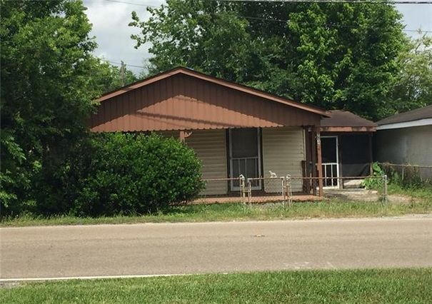704 PAUL MAILLARD Road Luling, LA 70070