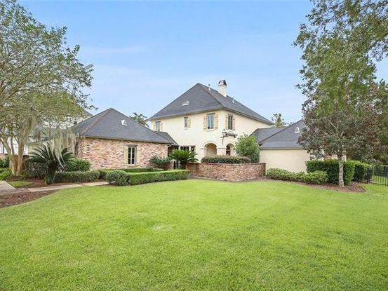 Photo of 212 FOREST OAKS Drive New Orleans, LA 70131