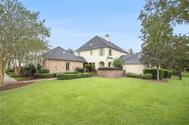 212 FOREST OAKS Drive New Orleans, LA 70131 - Image